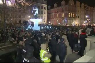 Proteste în Polonia, după asasinarea primarului din Gdansk. Mesajul lui Tusk