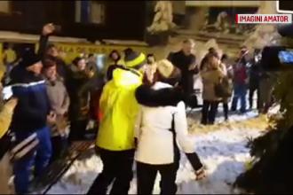 Nuntă în costum de schi pe pârtia Cavnic. Cum au găsit mirii, din întâmplare, un preot