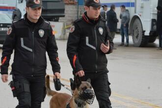 Aproape 200 de oameni arestaţi în Turcia, din cauză că aveau o aplicaţie pe telefon