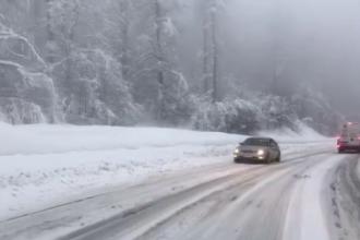 Vremea rea le pune mari probleme şoferilor, în Maramureş. Mai multe TIR-uri, blocate în nămeţi
