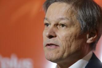 Cioloș: Daea, un comunist adevărat. PSD îi tratează pe bugetari drept masă de manevră