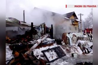 O casă a luat foc în Prahova. Pompierii au intervenit cu 4 autospeciale