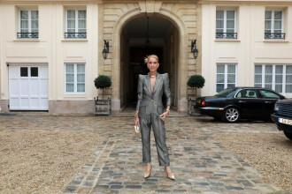 Celine Dion, apariţie surpriză la Paris. Bărbatul care a însoţit-o are 34 de ani. FOTO
