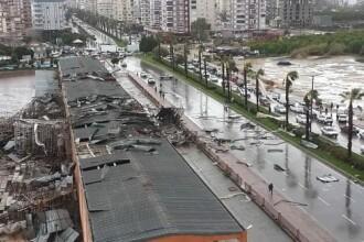 Tornadă puternică în Antalya. Un copil de 13 ani a murit și 10 oameni au fost răniți