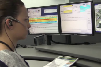 Reacția poliției după ce un copil a sunat la 911 pentru a fi ajutat la matematică