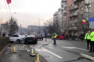 Accident în lanț pe un bulevard din Cluj. Cinci mașini s-au făcut praf