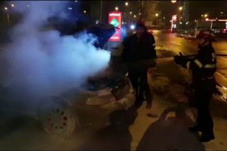 Mașină cu GPL cuprinsă de flăcări după ce șoferul a alimentat. Care este cauza incendiului