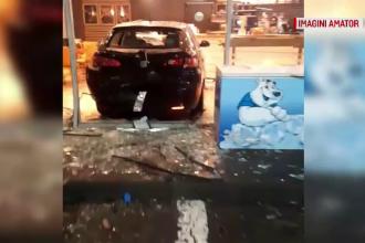 Dezastrul provocat de un șofer începător din Craiova, care voia să alimenteze mașina