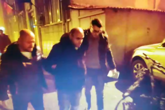 A fost prins bărbatul care a spart o biserică din Capitală, în noaptea de Revelion. VIDEO