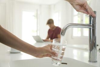 MS recomandă bucureştenilor să nu folosească apa de la robinet pentru băut sau igiena personală. Reacţia Apa Nova