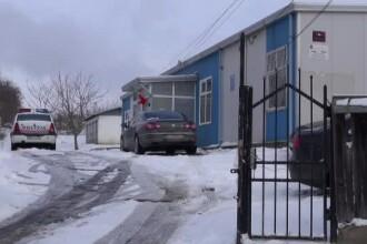 Un bărbat din Neamț și-a înjunghiat soția la nervi. Femeia a fost găsită de fiul ei