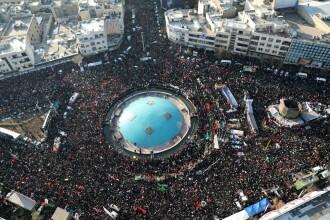 """Sute de mii de iranieni la procesiunile funerare ale generalului Soleimani. Teheranul a jurat """"răzbunare cruntă"""""""