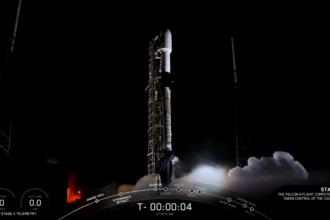 Momentul în care SpaceX lansează 60 de sateliți pe orbită, în constelația Starlink