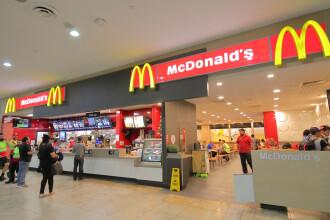 Criză de angajați în România. McDonald's anunță că va aduce zeci de lucrători din Sri Lanka