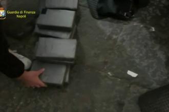 Doi pensionari prinși cu zeci de kilograme de cocaină. Cum au fost descoperiți