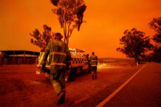 Incendiile din Australia au trimis la fel de mult fum în stratosferă cât o erupţie vulcanică