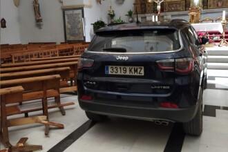 VIDEO. Un bărbat a intrat cu mașina în biserică, susținând că este posedat de diavol