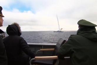 Rusia a testat o rachetă hipersonică în Marea Neagră. Putin susține că poate distruge orice