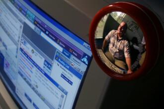 Un medic pedofil este acuzat că își filma pacienții dezbrăcați în timpul consultațiilor