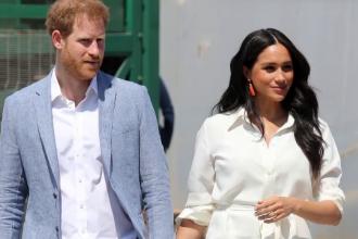 Reuniune de urgență a familiei regale britanice. Ce decizii va lua regina în privința lui Harry şi Meghan