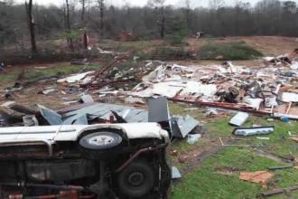 Stare de alertă în SUA. 11 oameni au murit în urma furtunilor violente