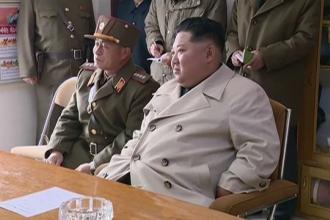 VIDEO. Ce a făcut un grup de femei soldat din Coreea de Nord când l-a întâlnit pe Kim Jong Un