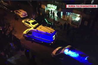 Minori înjunghiați în fața unui supermarket în Tulcea. Autorii sunt căutați de poliție