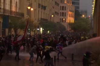 Sute de oameni, răniți în Beirut. Scene de violență între protestatari și forțele de ordine