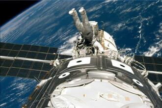 A doua ieşire în spaţiu a unui echipaj format din două femei astronaut de la NASA
