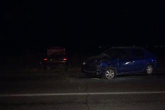 Accident mortal la ieșirea din Buzău. Două mașini s-au ciocnit frontal într-o curbă