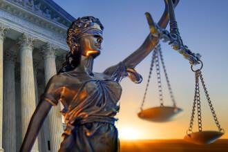 """Inspecția Judiciară: Eliminarea pensiilor de serviciu încalcă """"brutal"""" Constituția"""