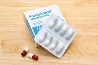 Franța restricționează vânzarea de paracetamol, medicament recomandat pentru Covid-19