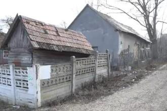 O femeie de 87 de ani a fost violată de un bărbat care a intrat peste ea în casă