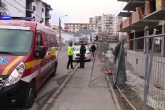 Un bărbat din Cluj a ajuns la spital cu răni grave, după ce a căzut de pe un bloc