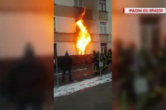 O bătrână de 86 de ani din Brașov a murit arsă de vie în timp ce fuma în pat. Cum a dat foc apartamentului