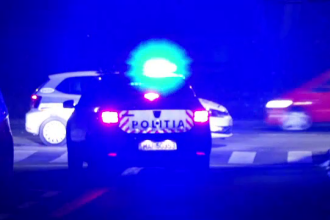 Un bărbat din Argeș a fost găsit înjunghiat de polițiștii care patrulau pe stradă