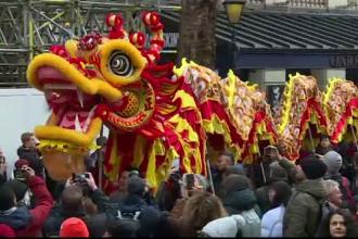 Noul An Lunar chinezesc, sărbătorit în stradă la Londra și Madrid