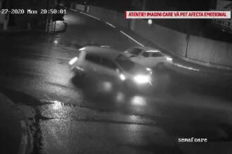 VIDEO. O fetiță a murit după ce a căzut din mașină în urma unui accident, în Prahova
