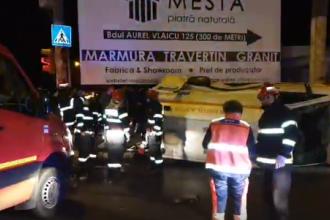 Ambulanță răsturnată într-o intersectie din Constanța. Patru persoane au fost rănite