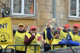 Sindicaliştii din Educație anunţă proteste dacă Guvernul nu majorează salariile