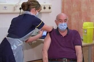 Regatul Unit a început vaccinarea cu serul anti-COVID produs de AstraZeneca. Care sunt avantajele acestuia