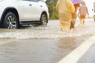 Cod portocaliu de inundații în două județe din țară. Până când este valabil
