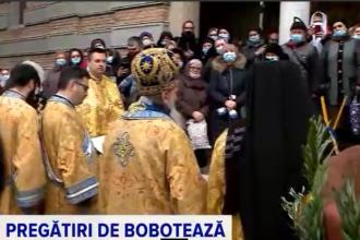 În procesiunea de Bobotează de la Constanța, ÎPS Teodosie a sfințit peste 50 de tone de apă. Cum era să cadă înaltul prelat