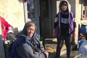 Două femei din Dâmbovița au rămas pe drumuri, după ce casa le-a fost mistuită de flăcări