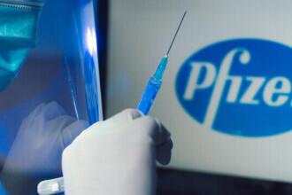 Pfizer va reduce temporar livările de vaccin împotriva Covid-19 în Europa