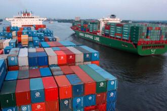 Cererea pentru produsele chineze este atât de mare, încât există o criză de containere maritime
