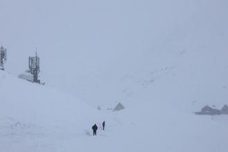 Risc mare de avalanșă în munții Făgăraș. Recomandările salvamontiștilor