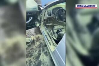 Un BMW s-a făcut scrum, în Dâmbovița. Proprietarul doar a privit flăcările
