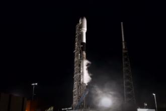 SpaceX a lansat cu succes un satelit de telecomunicaţii pentru Turcia. VIDEO