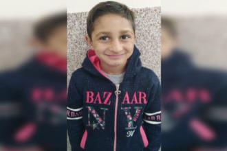 Băiețelul de 7 ani din județul Arad dispărut de sâmbătă dimineață, de negăsit. Este căutat de forțe impresionante